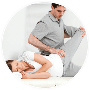 a woman with sacroiliac joint dysfunction getting chiropractic treatment