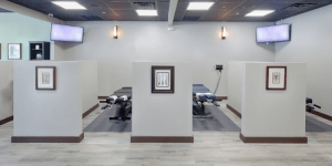 What Should I Look for in a Chiropractic Center?